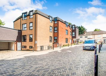 Thumbnail 2 bed flat for sale in Aldenham Road, Watford
