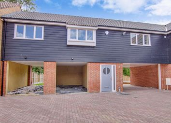 Thumbnail 1 bed flat for sale in Fairview Crescent, Rayleigh