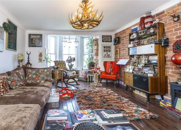 Thumbnail 5 bed maisonette for sale in Mariners Mews, London