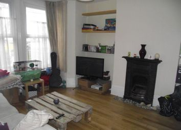Thumbnail 1 bed flat to rent in Davenport Road, London