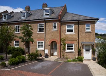 Thumbnail 3 bed property for sale in New Manor Croft, Berkhamsted