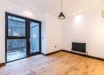 Thumbnail 2 bed flat to rent in Gordon Road, Nunhead, London