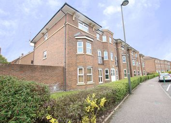 Thumbnail 2 bedroom flat to rent in Gardenia Road, Bromley