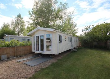 Thumbnail 2 bedroom mobile/park home for sale in Chapel Road, Bucklesham, Ipswich