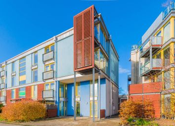 2 bed maisonette for sale in Kilby Court, Greenwich Millennium Village, London SE10