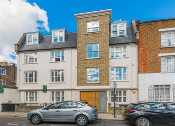 Thumbnail 3 bed flat to rent in Alexander Road, Upper Holloway