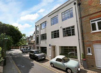 Thumbnail 7 bed property for sale in Aubrey Walk, London