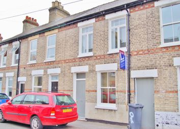 Thumbnail 2 bed terraced house to rent in Catharine Street, Cambridge