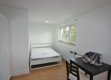 Thumbnail Studio to rent in Woodstock Avenue, London