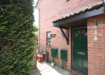 Thumbnail 2 bed property to rent in Dencer Drive, Kenilworth