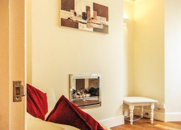 Thumbnail 2 bedroom flat to rent in Gwydr Crescent, Uplands, Swansea