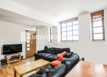 Thumbnail 3 bedroom flat to rent in Kingsley Mews, Wapping