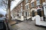Thumbnail 1 bed flat to rent in Holland Park, Kensington, London