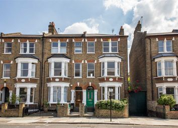 Thumbnail 2 bed flat to rent in Mercers Road, Tufnell Park, London