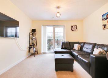Thumbnail 2 bedroom flat for sale in Sackville Court, Eden Road, Dunton Green, Sevenoaks