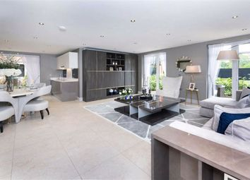 2 bed flat for sale in Marlborough Drive, Bushey, Hertfordshire WD23