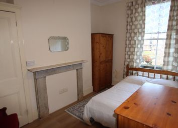 Thumbnail 2 bed flat to rent in Wilberforce Road, London