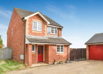 Thumbnail 3 bed detached house for sale in Mackenzie Avenue, Milton, Abingdon