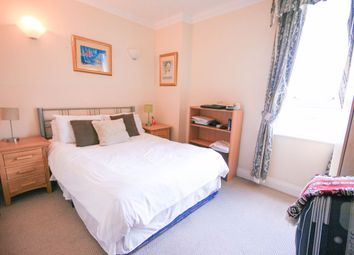 Thumbnail 4 bedroom shared accommodation to rent in Lanark Square, London