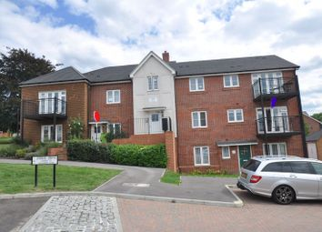 Allamand Close, Church Crookham, Fleet GU52. 2 bed flat