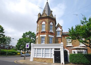 Thumbnail 1 bed flat to rent in Grayshott Road, Shaftesbury Estate