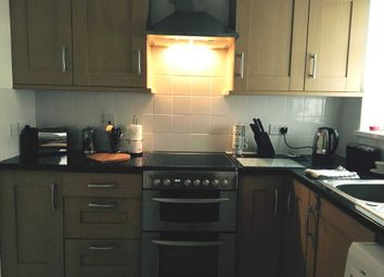 Thumbnail 1 bed flat for sale in The Parade, Wrotham Road, Meopham