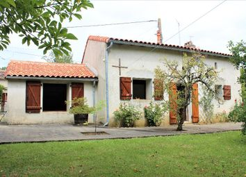 Thumbnail 2 bed property for sale in Poitou-Charentes, Vienne, Saint Secondin
