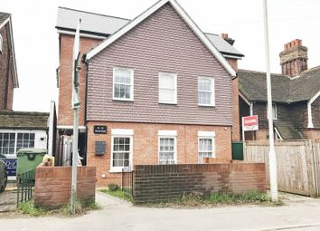 Thumbnail 2 bed flat to rent in North End, London Road, East Grinstead