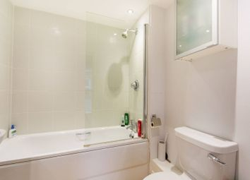 Thumbnail 2 bed flat to rent in Battersea Park Road, Battersea Park