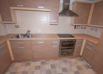 Thumbnail 2 bed flat to rent in Glebelands Close, North Finchley, London