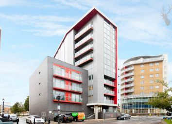 2 bed property to rent in Wick Lane, London E3