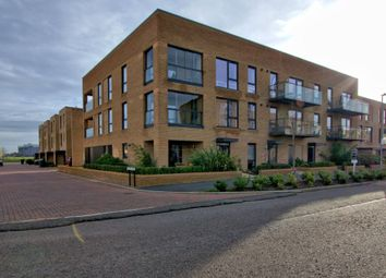 2 bed flat for sale in Whittle Avenue, Trumpington, Cambridge CB2