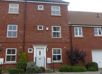 Thumbnail 5 bed town house to rent in Truscott Avenue, Swindon