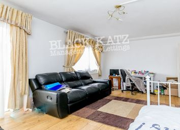 Thumbnail 2 bed flat to rent in Bayham Street, London