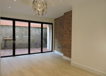 Thumbnail 2 bed maisonette for sale in Lordship Lane, Wood Green