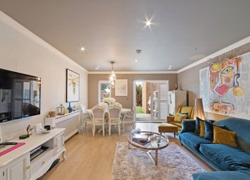 4 bed town house for sale in Thornbury Way, London E17