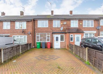 3 bed terraced house for sale in Doddsfield Road, Slough SL2