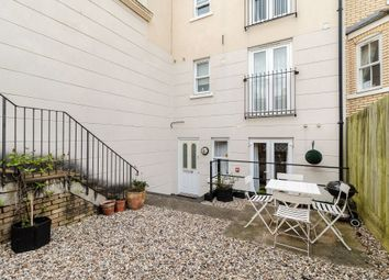 Thumbnail 1 bed flat for sale in Saint Matthew's Gardens, Cambridge