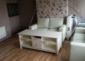 Thumbnail 3 bed flat to rent in Border Gardens, Shirley, Croydon