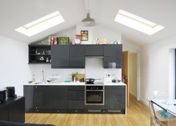 2 bed flat to rent in Millbrook Road East, Southampton SO15