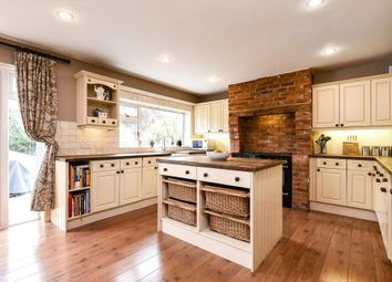 Thumbnail 4 bed detached house to rent in Chartridge Lane, Chesham