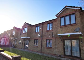 Thumbnail 1 bedroom flat to rent in Berry Close, Winchmore Hill
