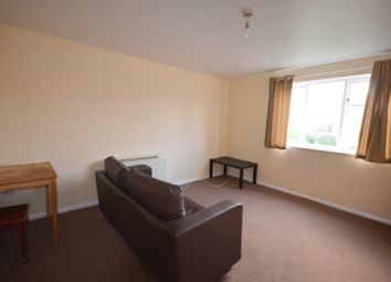 Thumbnail 1 bed flat to rent in Gadwall Close, Custom House, London