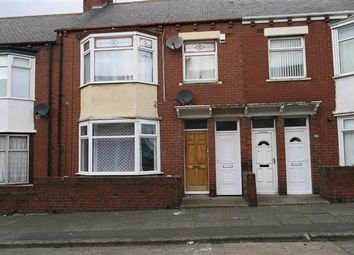 Thumbnail 2 bedroom flat to rent in Richmond Road, South Shields
