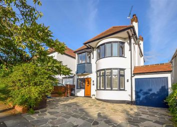 Leasway, Westcliff-On-Sea, Essex SS0. 3 bed detached house