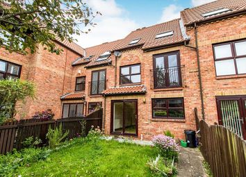 3 bed property to rent in Wain Well Mews, Lincoln LN2
