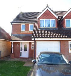 3 bed property to rent in Permian Close, Rugby CV21