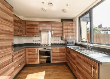 4 bed town house to rent in Cairns Avenue, London SW16