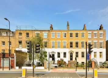 Thumbnail 4 bed property to rent in Kennington Park Road, Kennington, London SE114BT