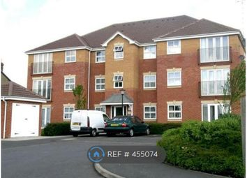 2 bed flat to rent in Botham Drive, Slough SL1